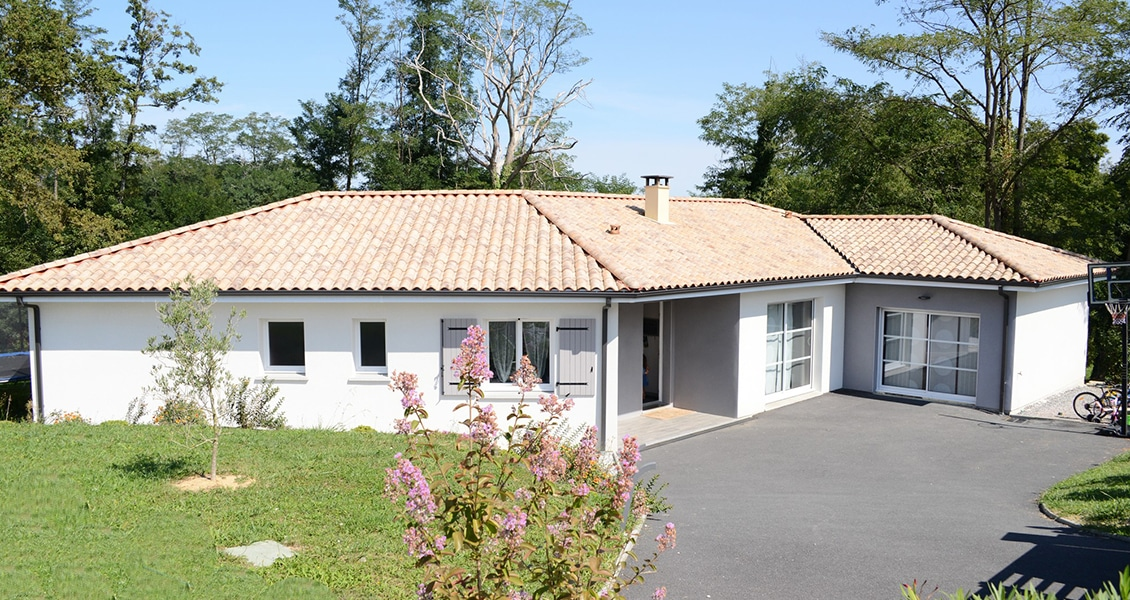 Maison contemporaine avec architecture particulière