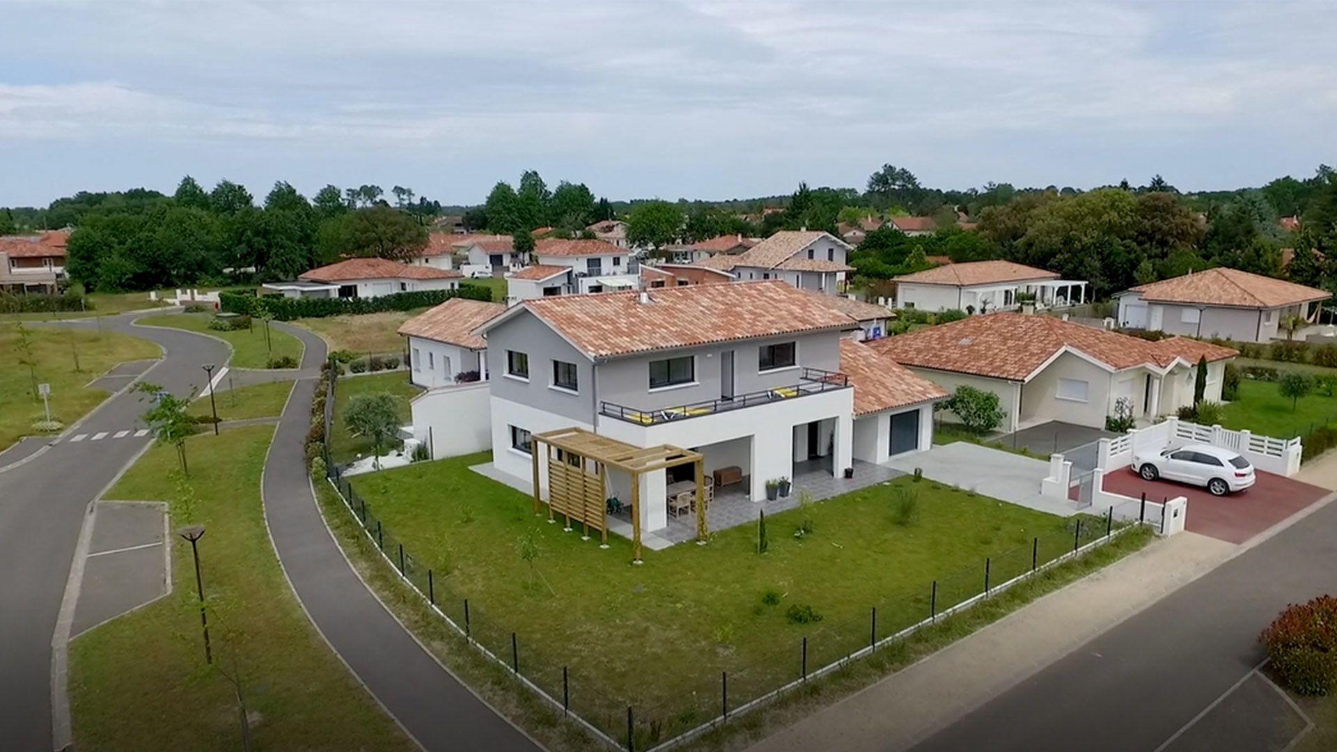 Maison neuve contemporaine et moderne dans les Landes