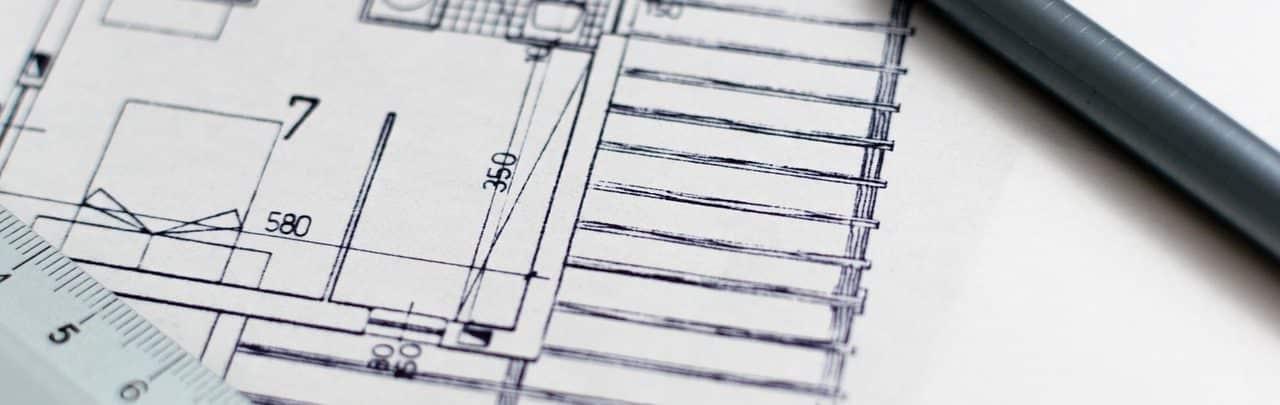 Plan de maison neuve avec kutch et stylo