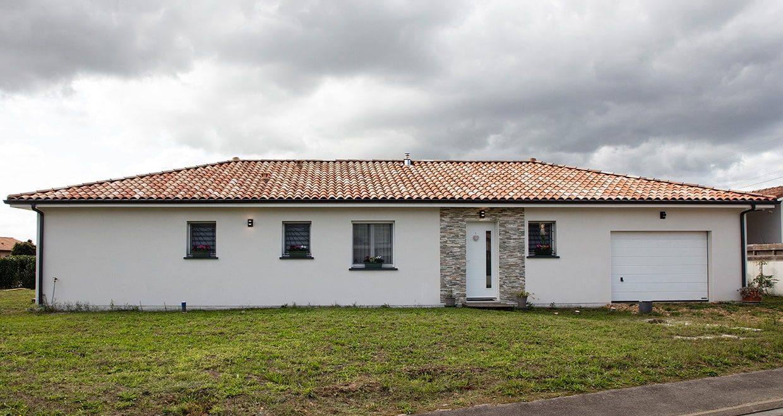 Maison moderne à Pontonx dans les Landes avec garage