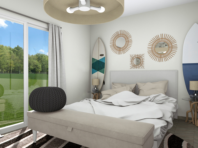 Chambre avec grand lit et deux planches de surf