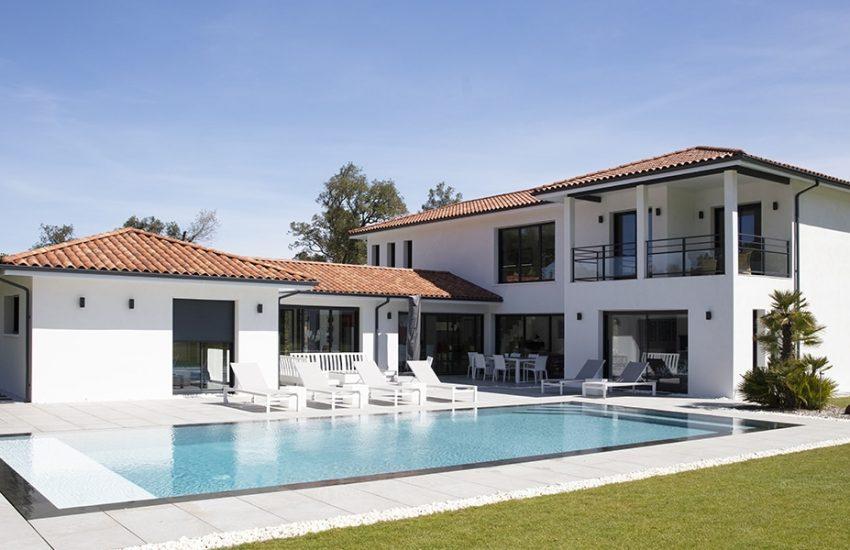 Superbe maison contemporaine avec piscine dans les Landes